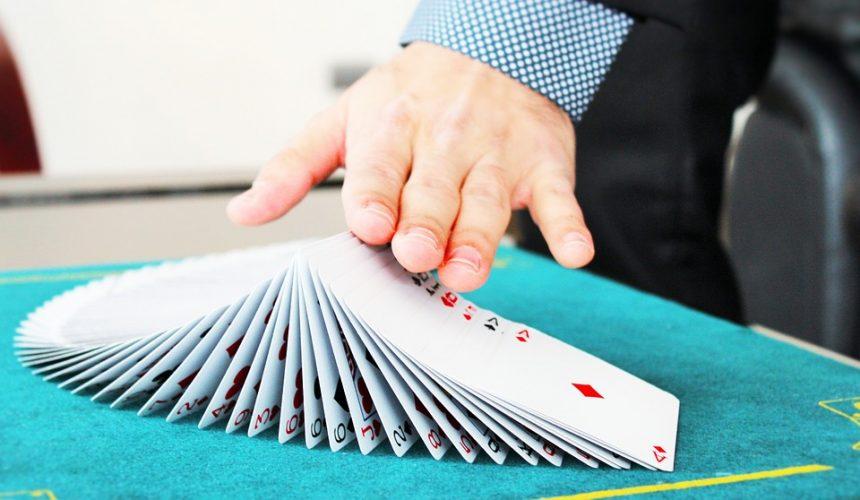 Illusionnisme, tour de magie et prestige: les meilleures ressources du web pour apprendre des tours de cartomagie